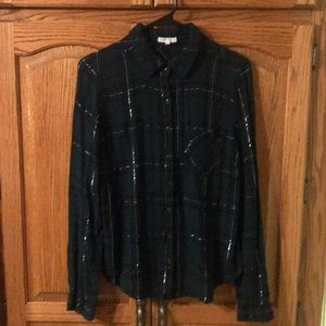 Maurice's Size Medium; button down split back